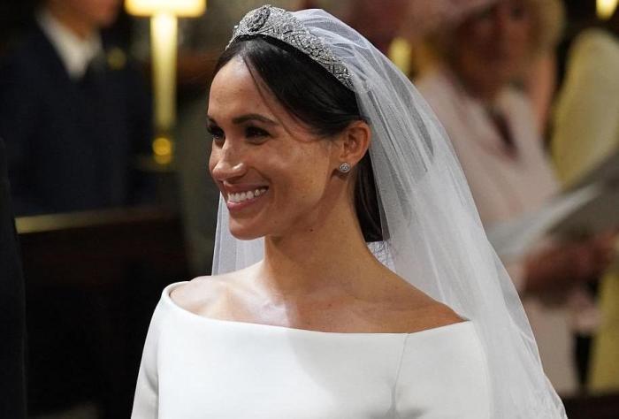 Cum Poți Recrea Coafura Purtată De Meghan Markle La Nunta Regală