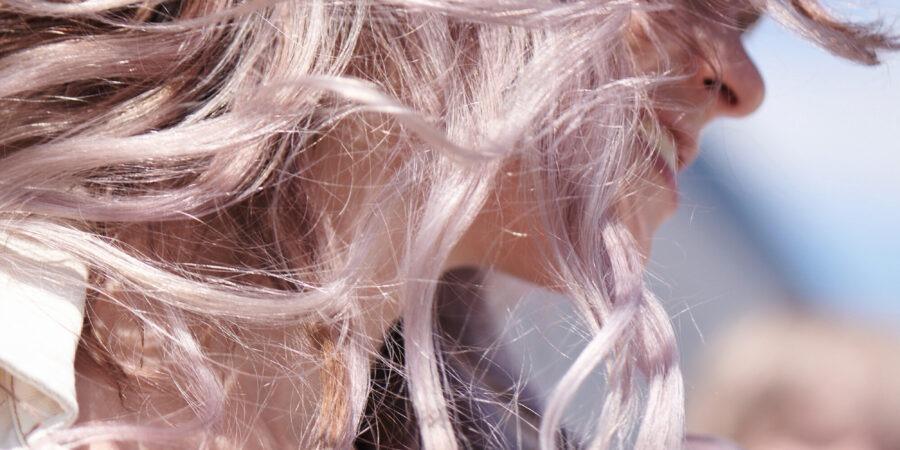 Soluții de frumusețe pentru părul gras