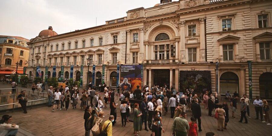 Record de vizitatori la Pavilionul de Artă București – Art Safari, în ultimele 3 zile