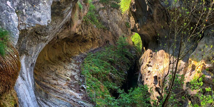 3 locuri de vis în zona Herculanelor